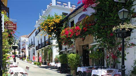 libro andalucia andalusia marbella tourism aparthotel puerto azul marbella malaga