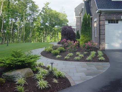 curved sidewalk in front of side entry garage love it 72 best images about patio pathways on pinterest covered