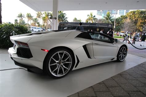 fastest lamborghini fastest lambo pictures to pin on pinsdaddy
