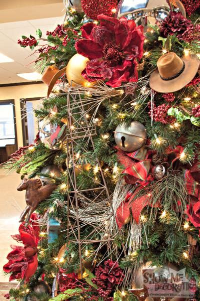 a western themed christmas tree miss cayce s christmas store