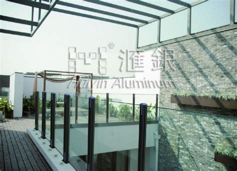 barandilla jardin barandilla de vidrio de aluminio para terraza jard 237 n