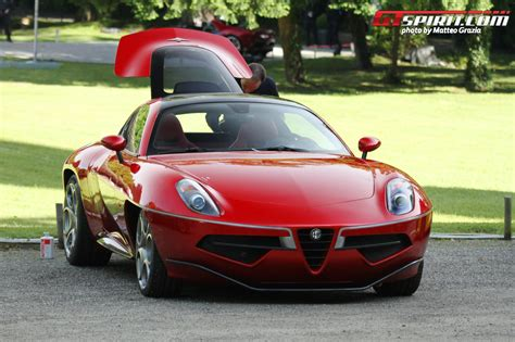 volante car alfa romeo disco volante wins design award for concept