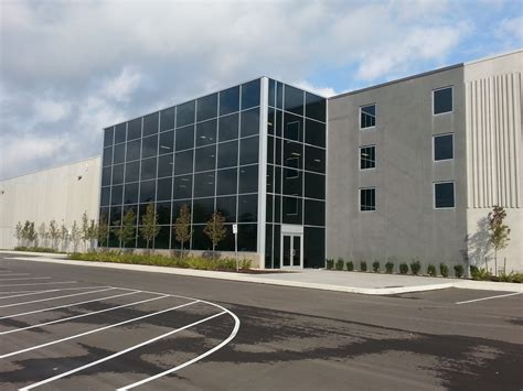 lowes distribution center alumicor