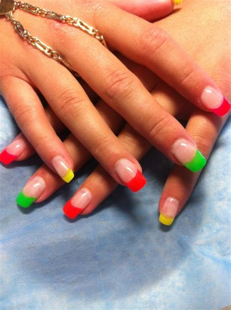 Ongle En Gel Fluo by Les Incontournables Frenchs Fluo For Hair Nails
