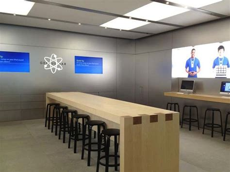 apple store help desk apple testing redesigned genius bar to increase capacity