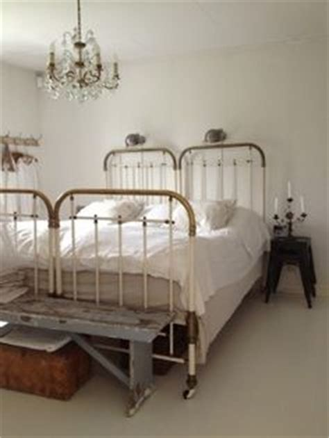 two twin beds equal 1000 ideas about two twin beds on pinterest twin beds
