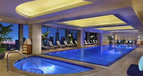 cheap hotels near toyota center houston cool hotel pools in houston resorts hotels in houston