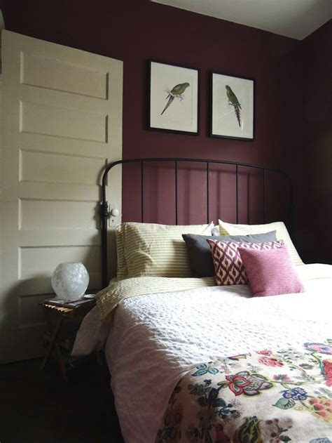 maroon bedroom ideas best 25 burgundy bedroom ideas on pinterest bedroom