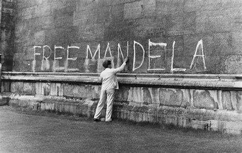 nelson mandela freed national geographic society the life of nelson mandela national geographic kids