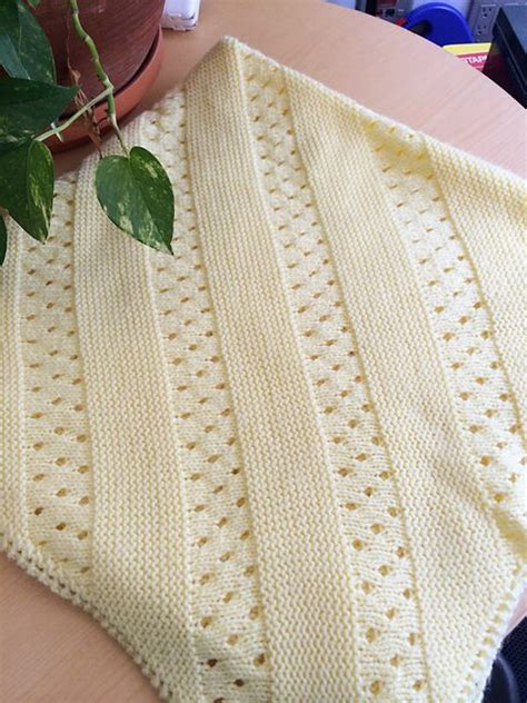 Modern Baby Blanket Knitting Patterns by Baby Blanket Free Knitting Patterns Crochet And Knit