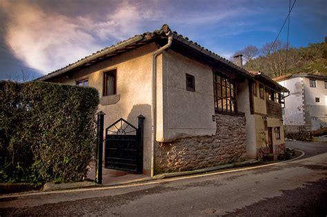 la casa nera casa nera casa rural en soto barco asturias