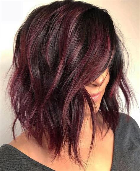 burgundy highlights on shag haircuts best 25 medium shaggy haircuts ideas on pinterest lob