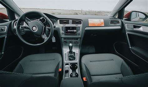 Vw Golf Automatik by Rent A Volkswagen Golf Automatic In Iceland Northbound Is