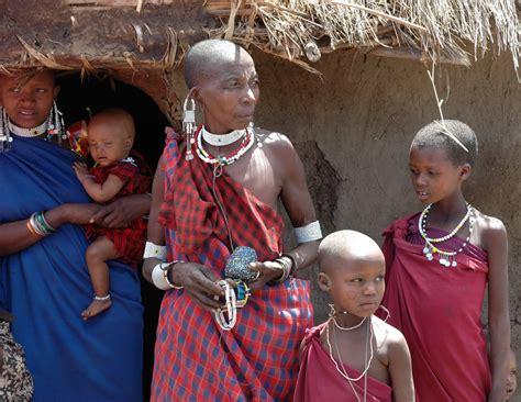 masai women file masai women jpg wikimedia commons