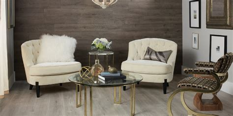 Accent Walls: Laminate Planks Make Installation Easy