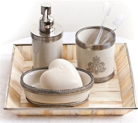 Pom Pom At Home Bathroom Set Set Of 3 Traditional Traditional Bathroom Accessories