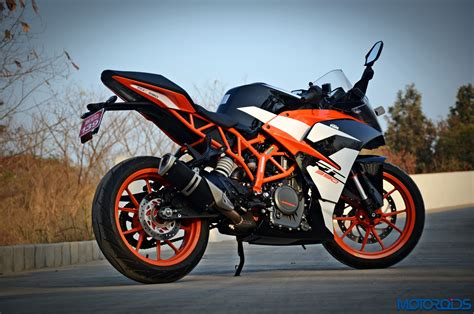 Ktm Rc 390 News 2017 Ktm Rc390 Track Review Whetted Finer Motoroids