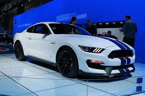 Stille Auto by La Auto Show Live Ford Packs A Punch Still Secretive Of