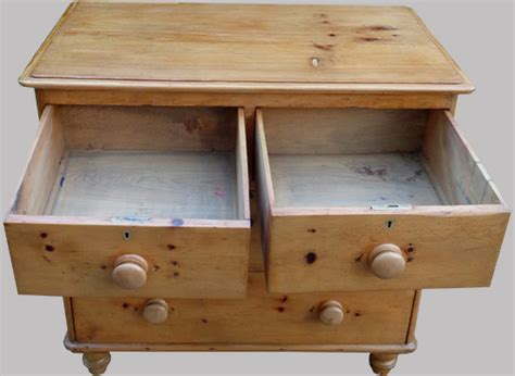 Commode Anglaise Ancienne by Commode Anglaise Ancienne En Pin 4 Tiroirs