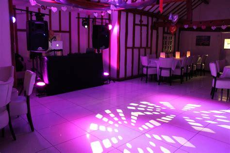 disco beleuchtung set our setup dv entertainment essex wedding dj