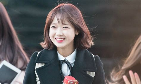I.O.I Yoojung's completely new hair style will kill you with cuteness ? Koreaboo