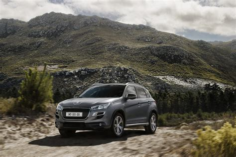 peugeot 4008 crossover peugeot 4008 crossover new photos released autoevolution