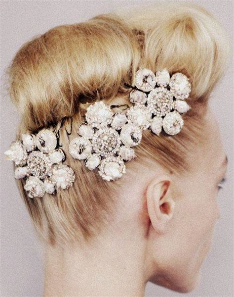 Wedding Hair Accessories Trends by The Top Bridal Accessory Trends 2017 Arabia Weddings