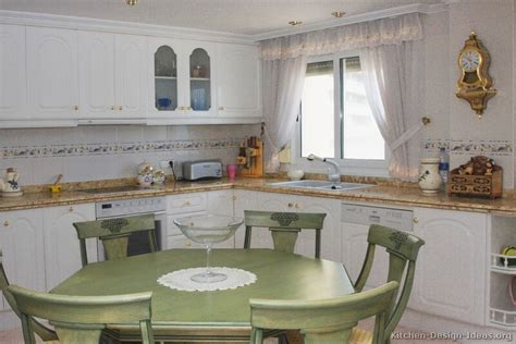 traditional kitchens with white cabinets pictures of kitchens traditional white kitchen cabinets page 3