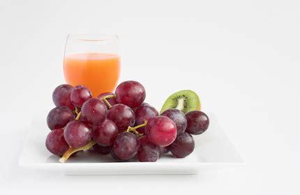 Liver Detox Vs Colon Cleanse by Colon Cleanse Vs Liver Kidney Detox Livestrong