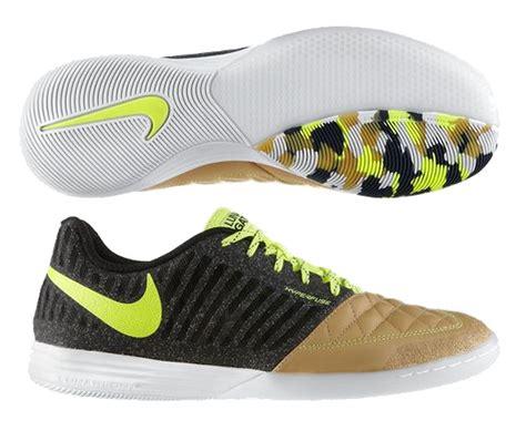 nike indoor sports shoes nike indoor soccer shoes 580456 270 nike fc247 lunar