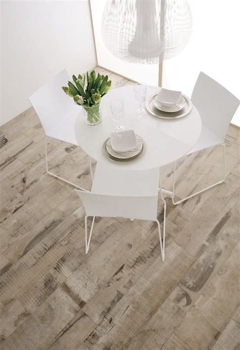 table carrelage 23 best images about sols effet parquet on