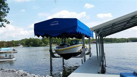shallow water boat lift the ultimate low water boat lift raptor lifts