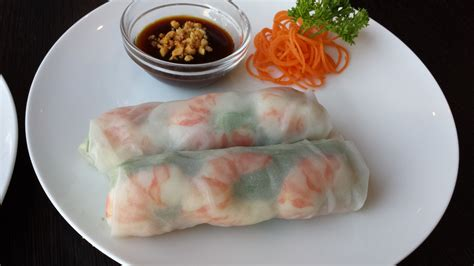 Rice Paper Rolls - rice paper rolls with shrimp
