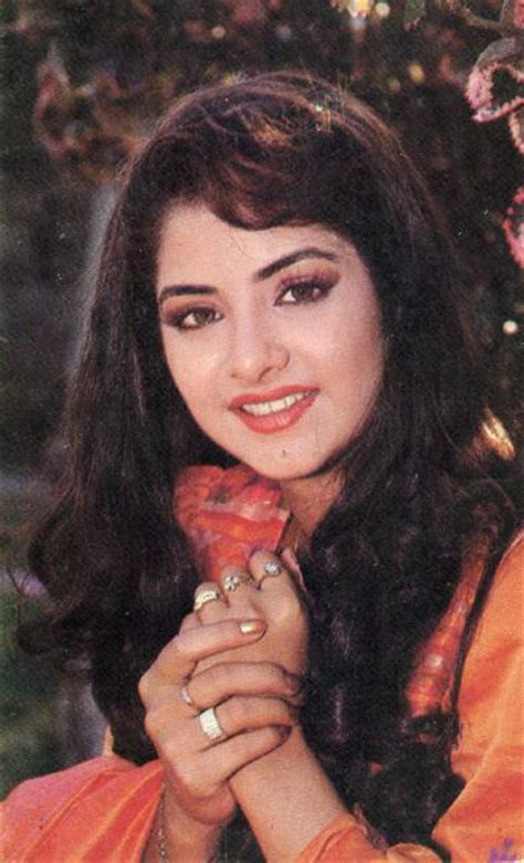 actress divya bharti wikipedia 1st name all on people named bharati songs books gift