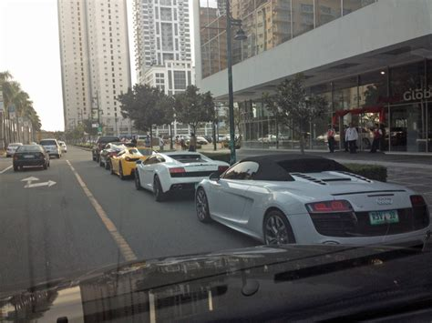 bentley philippines spotted the streets of the philippines are running wild