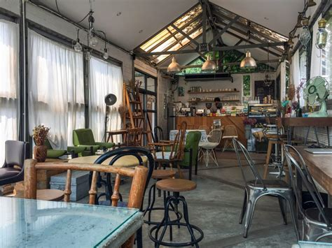 The Barn Coffee Shop Work Remotely In Chiang Mai Caf 233 S And Coworking Spaces