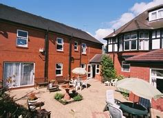 hillcrest care home manley road frodsham cheshire wa6 6es