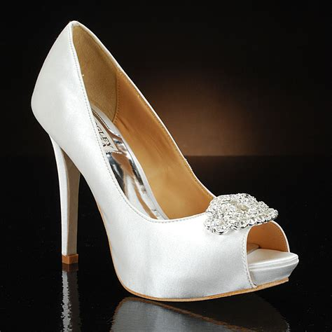 glass slipper sarasota freebie friday wedding shoe giveaway 187 ta bay