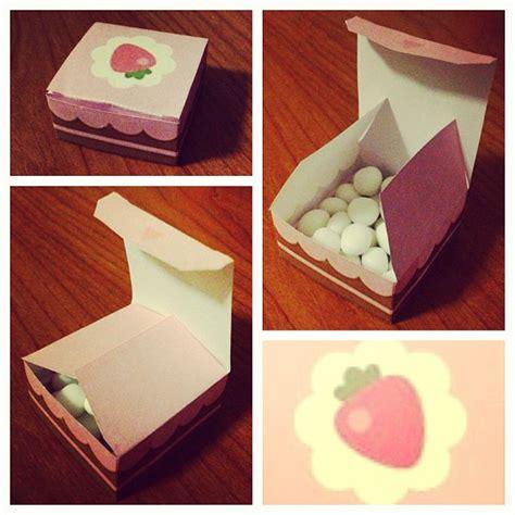 Cake Papercraft - mini strawberry cake box papercraft by anticchii on