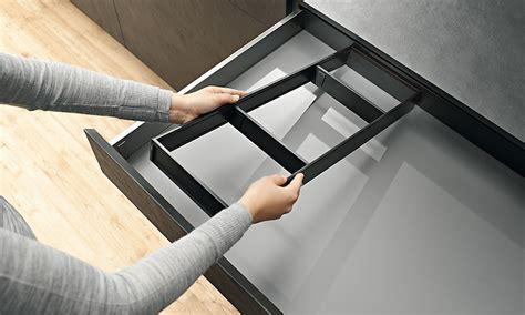 schublade tellerhalter innenausstattung blum ordnung f 252 r ihre schubladen