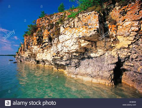 limestone cliffs limestone lake manitoba canada stock photo royalty free image