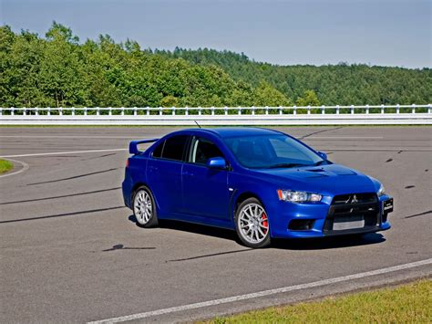 blue mitsubishi lancer blue evolution