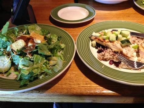 applebee s house salad 2 for 20 cedar grilled lemon chicken with house salad picture of applebee s