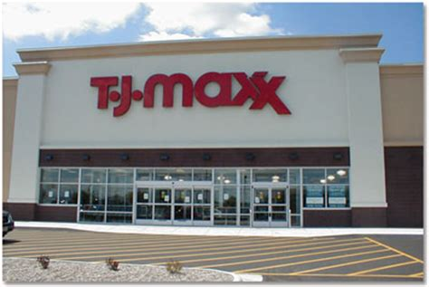 457 Million Credit Cards Stolen Through Tj Maxx by Top 13 Most Embarrassing Data Breaches Idenfity Theft