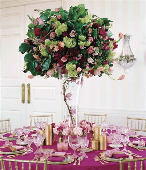 28 centerpieces for round tables in different styles