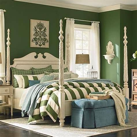 emerald green bedroom 213 best images about dark green bedroom ideas on