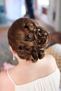 Wedding Hairstyles For Juniors by Junior Bridesmaid Hairstyles On Bridesmaids