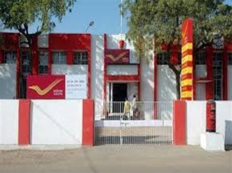 Banning Post Office by Post Offices Shut For Transactions Rs 500 1 000 Ban