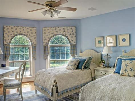 Girls Chandelier Ceiling Fan 10 Country Cottage Bedroom Decorating Ideas