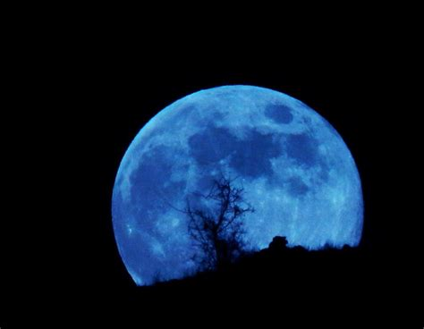 film blue lunar why so blue moon the return of the modern philosopher